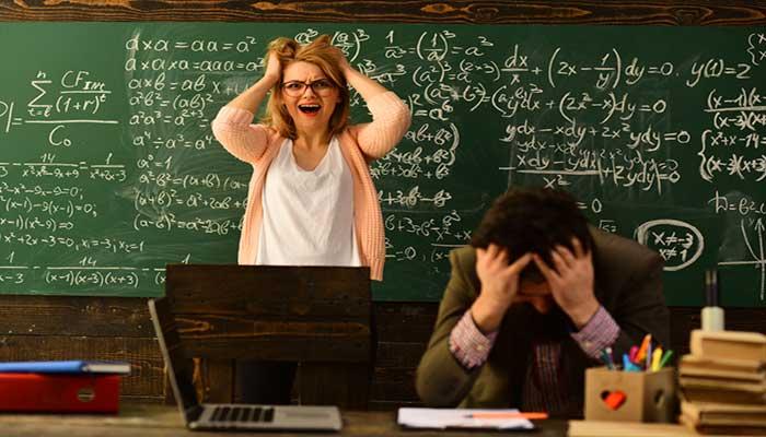 مبانی نظری و پیشینه فرسودگی شغلی معلمان