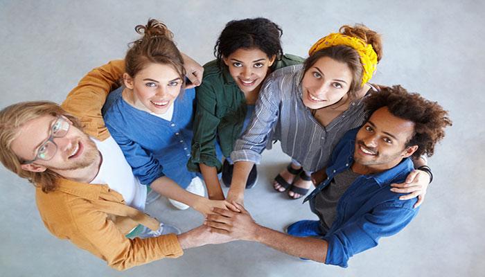 مبانی نظری و پیشینه تحقیق روابط با دیگران
